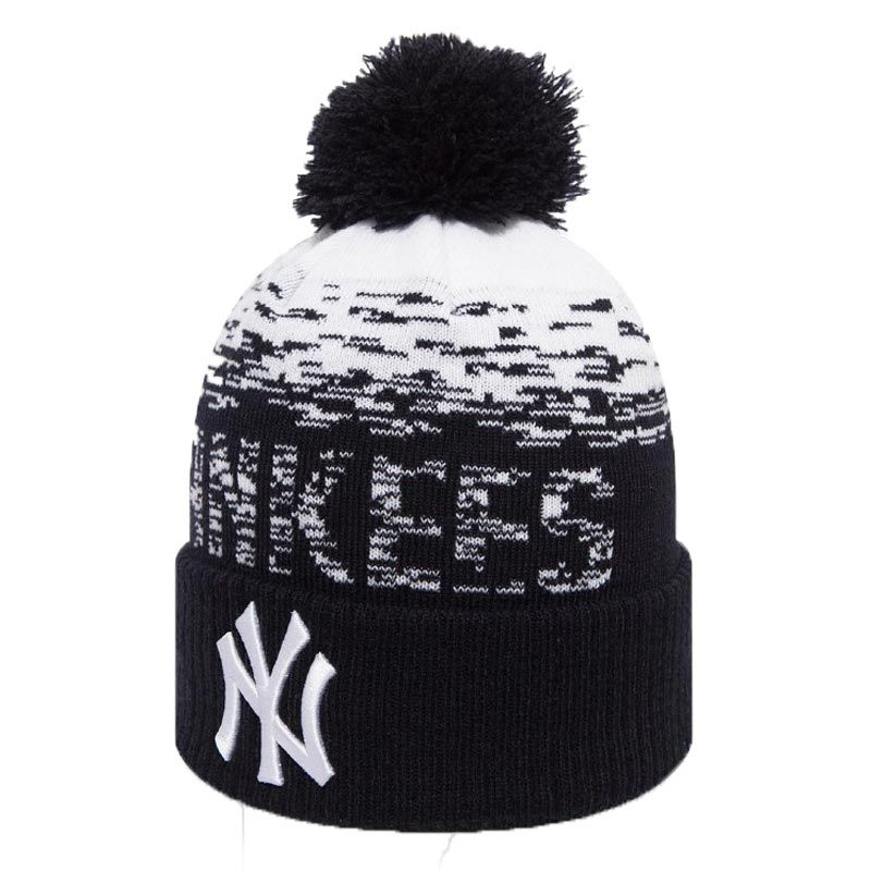 New Era MLB New York Yankees Knit Bobble Hat