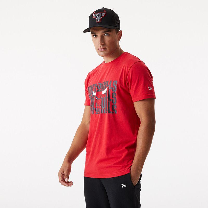Red New Era Men's NBA Chicago Bulls short sleeve t-shirt with team print from O'Neills.