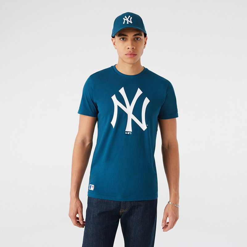 Blue New Era New York Yankee t-shirt with white Yankees logo on centre from O'Neills.