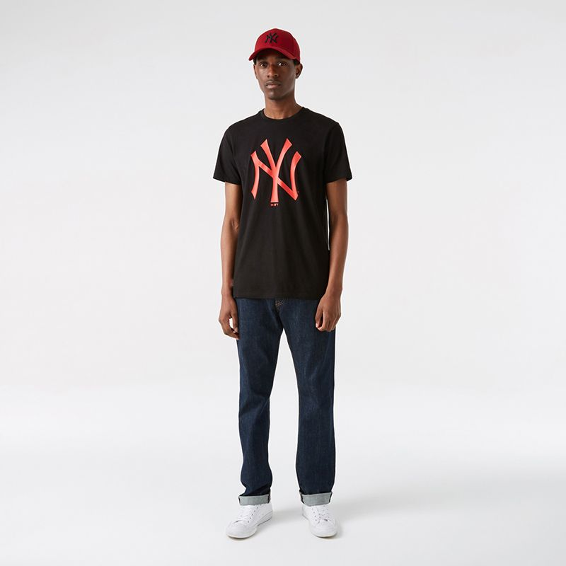Black and red New Era New York Yankees men's t-shirt with Yankees logo on front from O'Neills.